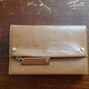 NWOT Kenneth Cole Leather Camel Wallet
